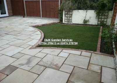 Market Stone Patio with Sunken Grass